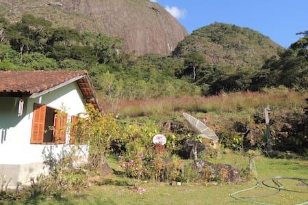 Lumiar/Galdinópolis. Casa na Serra para Relaxar.