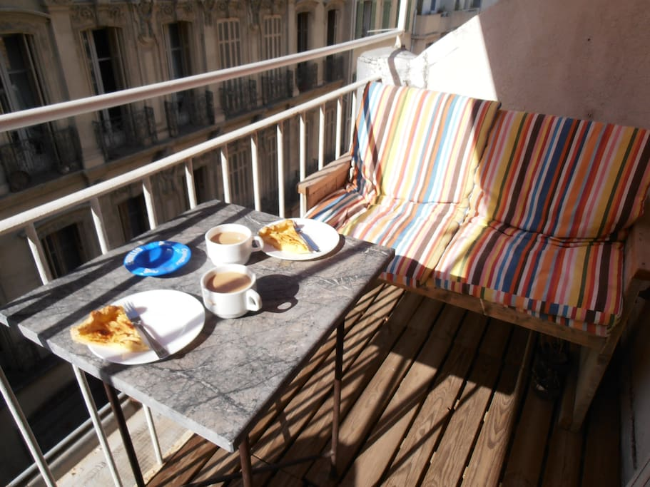 Mediterranean live on the terrace