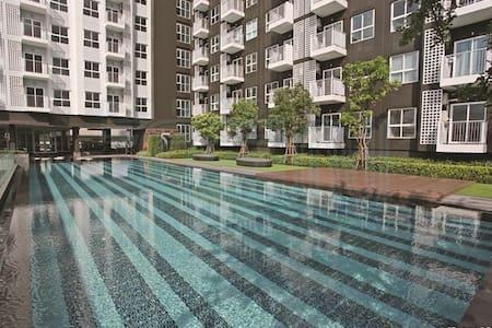 NEW! Fully furnish 1BR WIFI&WASHER! - Бангкок - Квартира