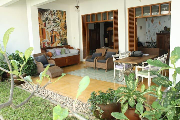 Seturan Vacation House - Yogyakarta - House