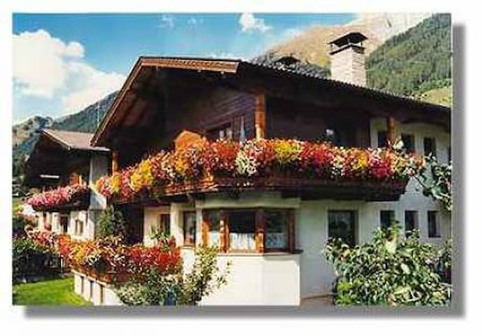 Haus Mariacher Helene - Virgen - Bed & Breakfast