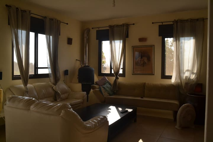 cozy house w/amazing sea view 120m - Gesher HaZiv - Apartment