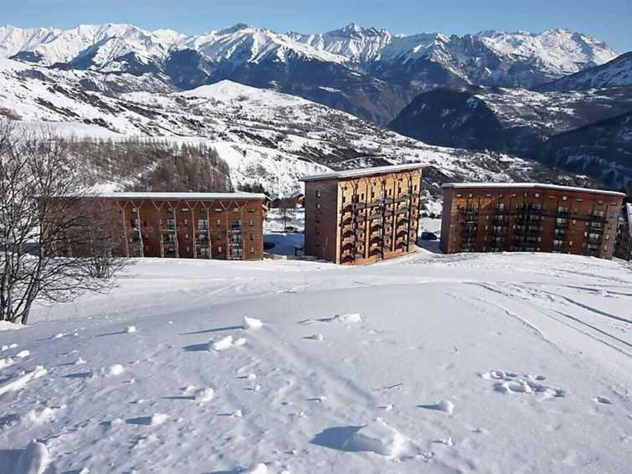 Vue de la résidence du haut des pistes