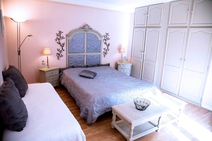"B & B-Bed & Breakfast ""MESANGES"" - Fleurines - Bed & Breakfast"