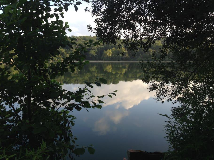 Le bord du lac, aperçu de notre rue