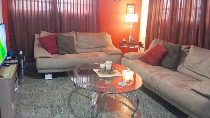 Great Specious 3 bed 2 bath Apt - Guaynabo - Appartement