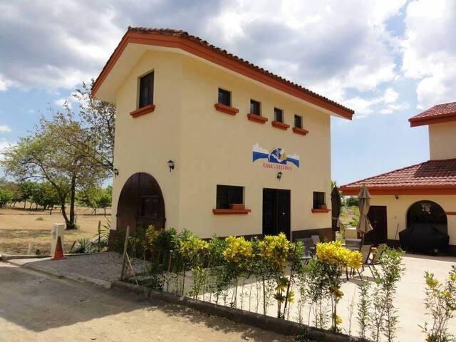 Casa de Los Delfines - Gran Pacifica Resort - House