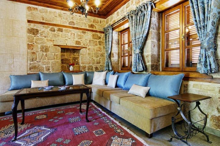VİLLA MİNYON Kaleiçi & Antalya - Antalya - Huis