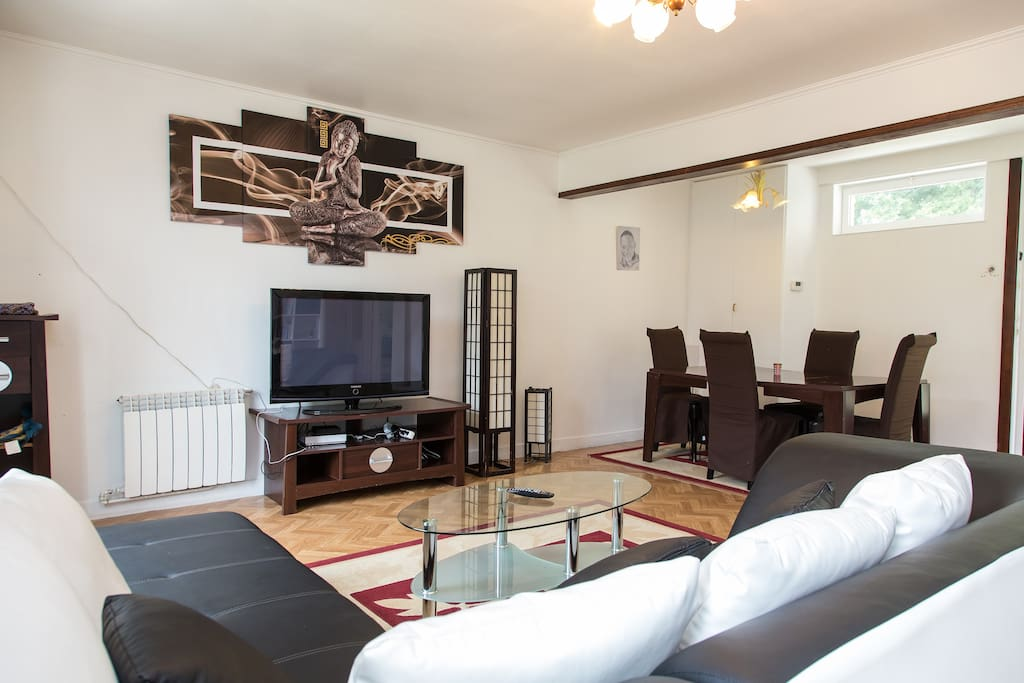 Maison calme pour tours ch teaux de la loire houses for rent in tours - Chaise maison du monde solde ...
