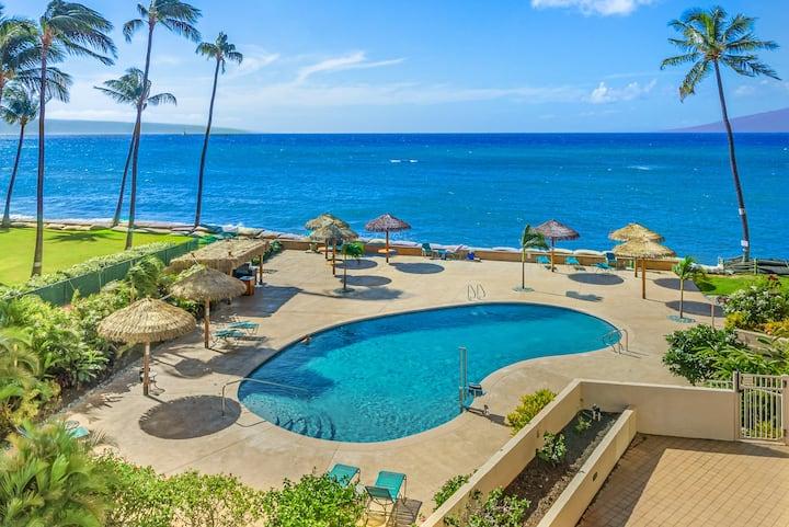 NEW!   Oceanfront Resort-Ground fl studio