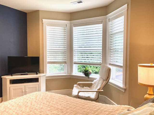Spacious room with privacy, views, and comfort