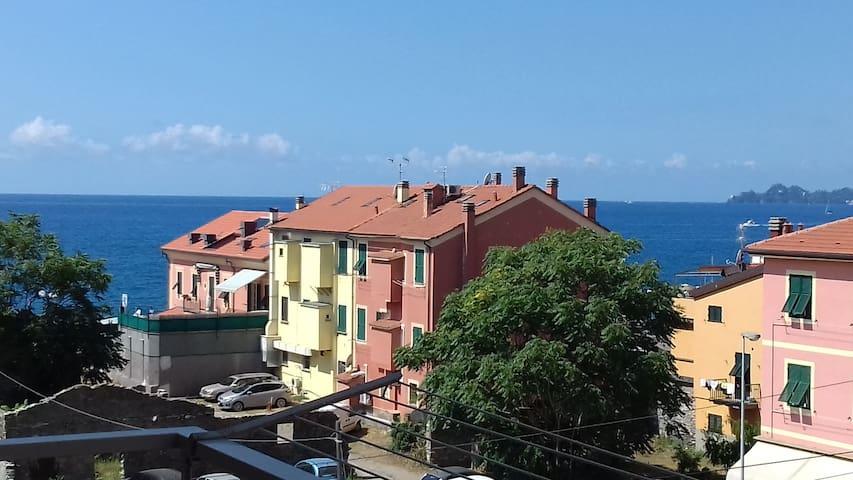 """""""Casa al Mare"""" con vista COD.CITRA: 010015-LT-0077"""
