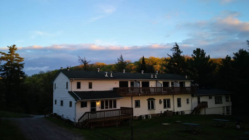 Lake View Junior Suite 4