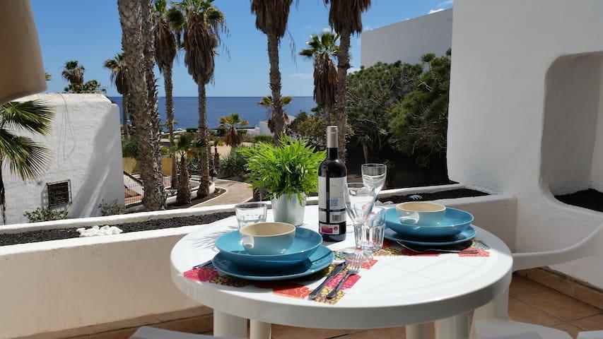 Apartamento en la playa/Sea views,WIFI,satelliteTV - Tías - Lejlighed