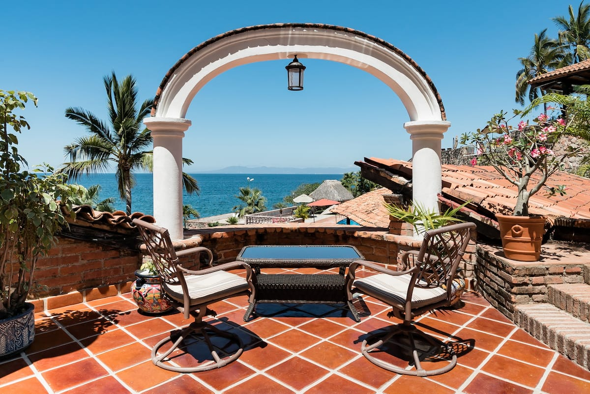 Stunning Ocean Views from a Villa in Conchas Chinas