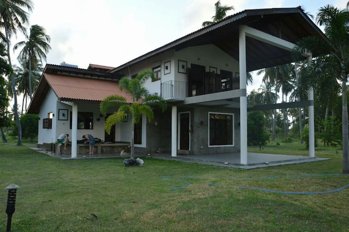 Spacious villa in Kalpitiya for Kitesurfing - Kalpitiya - Villa