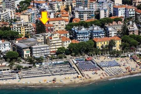 Appartamento centrale a 100 metri dalle spiagge - Taggia - 公寓