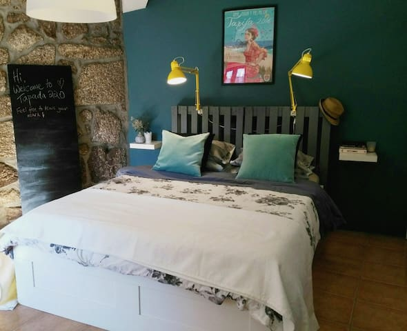 Renovated farmhouse 20 min from historic Guimarães