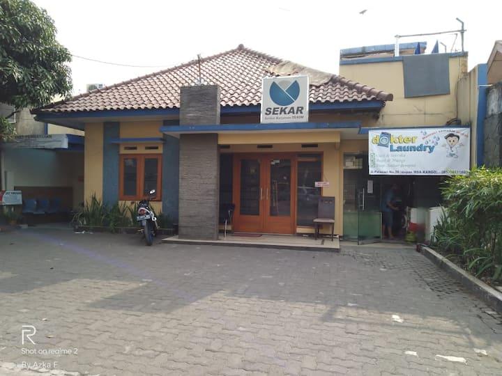 Sewa Rumah Harian Bandung Murah Kapasitas 28 Orang