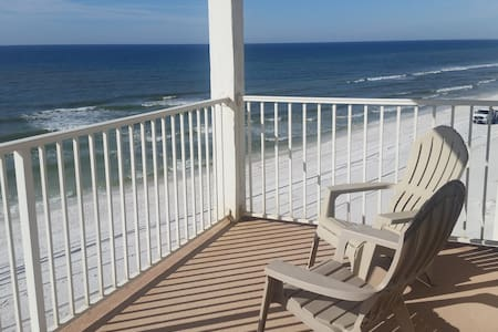 Beachfront Balcony 30A King Master - 獨棟