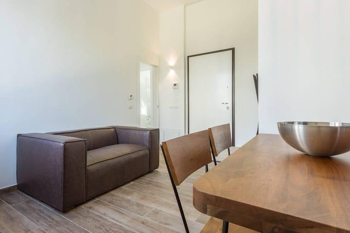 Amendola Modern Apartment (B)