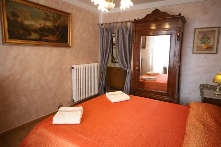 Lovely Flat (Historic Centre of Montepulciano)