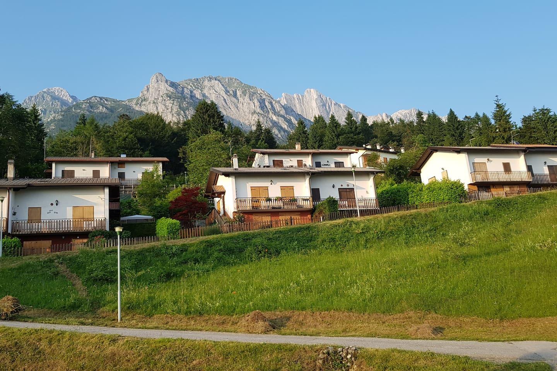 Veduta dal Villaggio Quota 1000 Chies d'Alpago