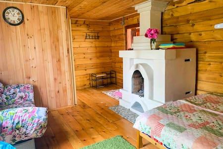 Усадьба Зелёный домик с камином
