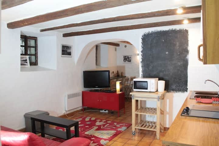 Cozy central apartment in old Morzine