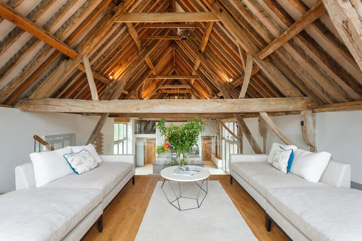 Converted Barn in the Rural Wiltshire Countryside
