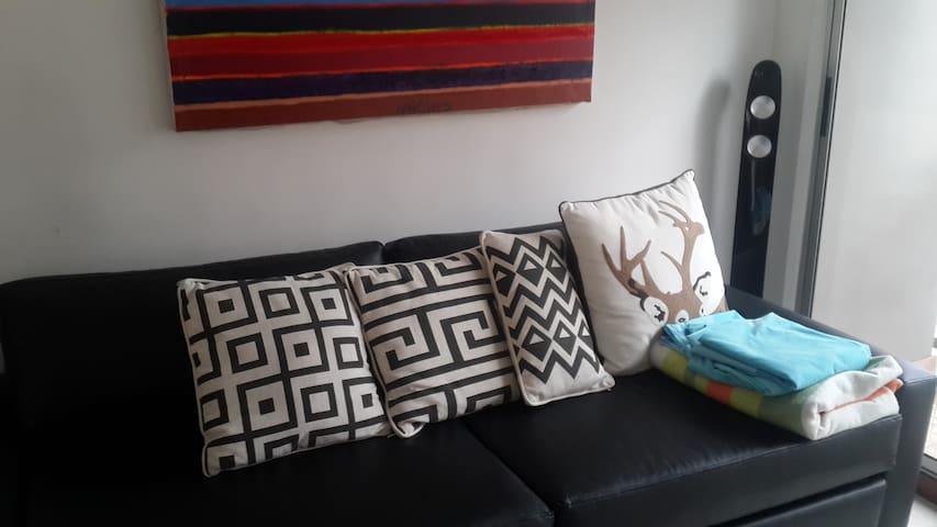 Un piso solo para ti. En mi Duplex - Medellín - Bed & Breakfast