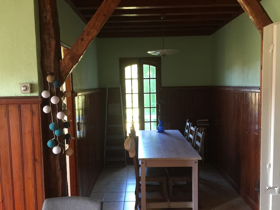 main house dining table