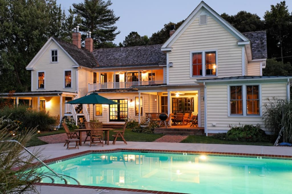 Poolside view of the George Brooks House