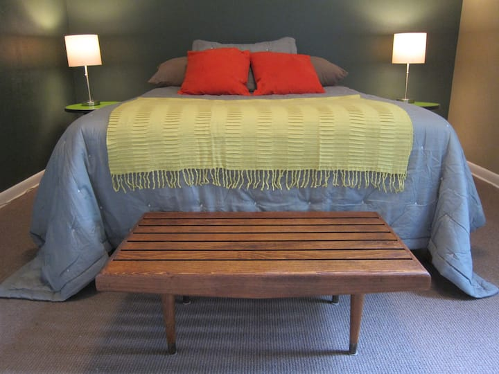 Sweet Comfy Room2 close to Downtown