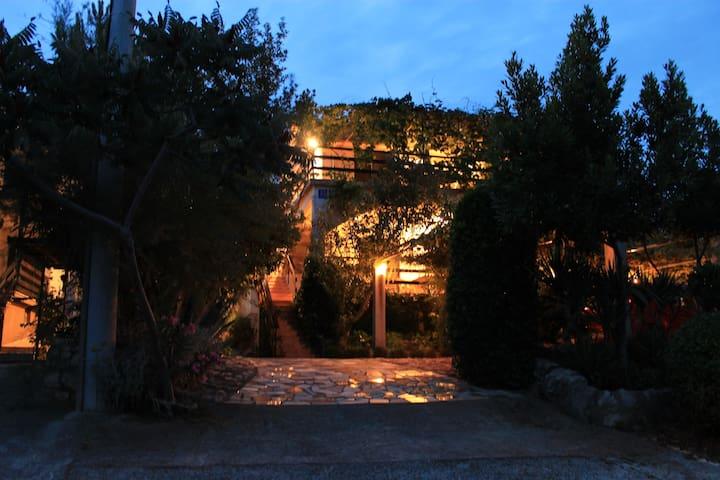 Apartments Kiwi Krk - Sea view - B - Pinezići - อพาร์ทเมนท์