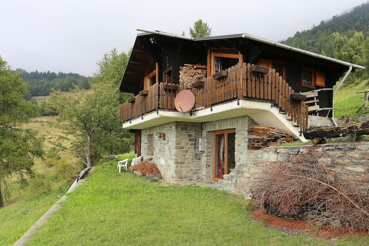 wonderful chalet near Matterhorn - Torgnon - Kulübe