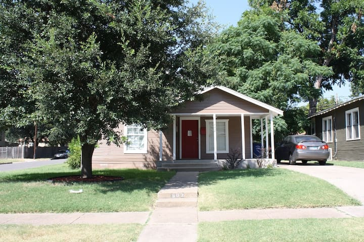 2 bedroom house of geek & style - Dallas - Rumah
