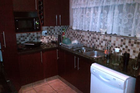 3 Bedroom House in South Africa - Brakpan
