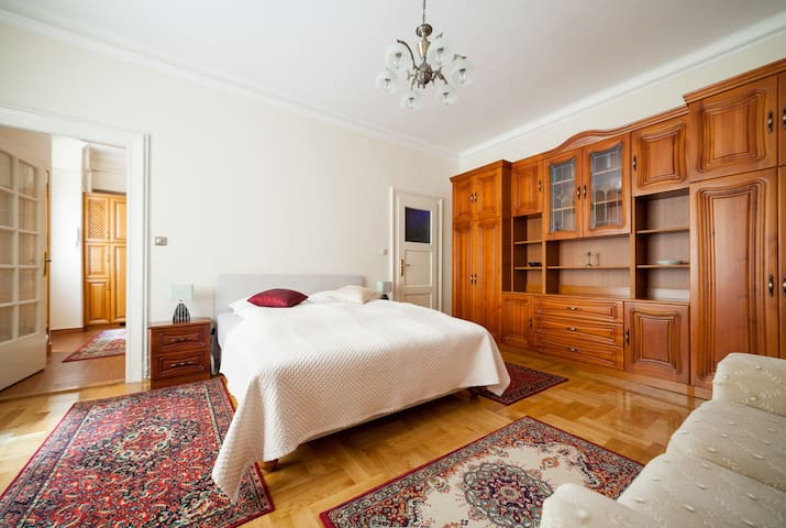 Central Studio in the City Center - Budapest