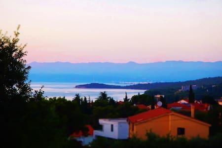 Sea view, near the beach and the center !! 2 - Bogovici - Lakás