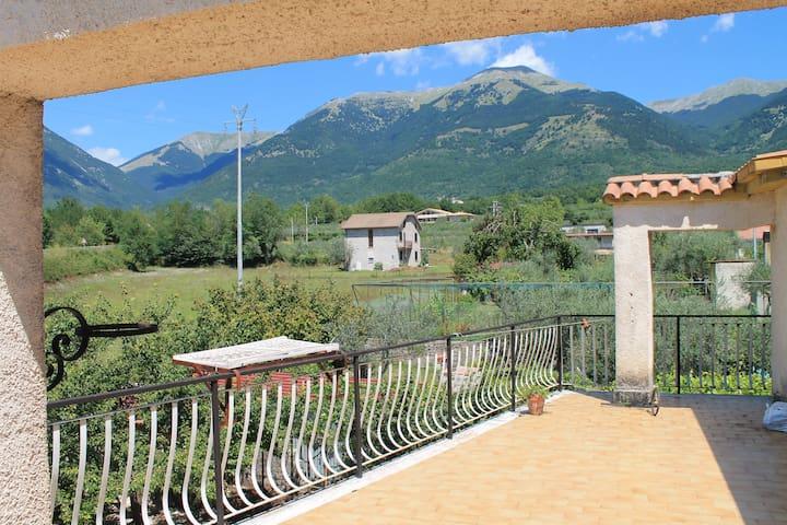 Uno sguardo ai monti! - Gallinaro - Apartment