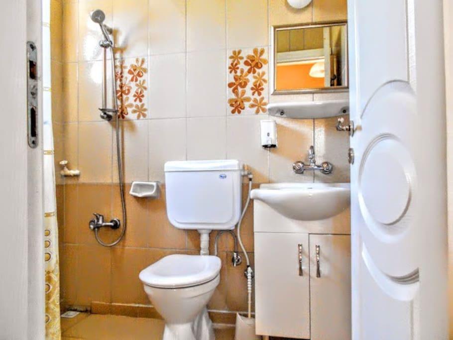 banyo ve tuvalet