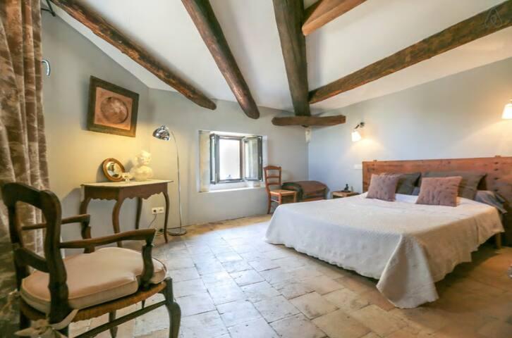2 Chambres  proches d'Avignon - Saze - ที่พักพร้อมอาหารเช้า