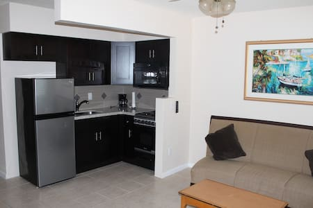 Mark Prince Apt 1 Monthly Rental - Hallandale Beach - Leilighet