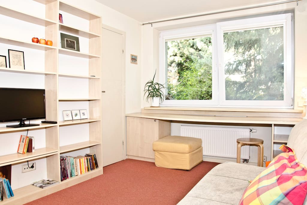 Garden studio apartment not far from city centre for Outdoor studio rooms