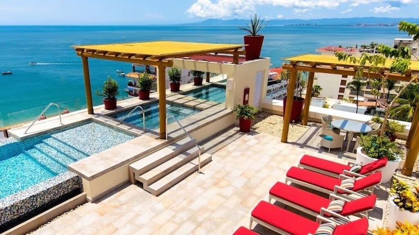 Chic Studio in the Newly V177  -  W/Roof Top Pool - Puerto Vallarta - Apartment