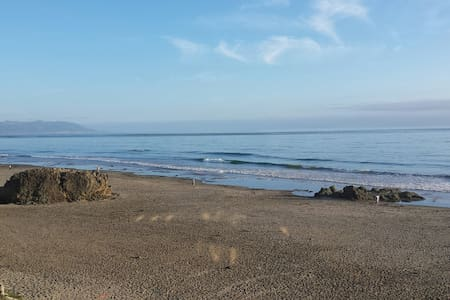 Ocean Front Get Away- Luxury Suite on the Beach - Cayucos