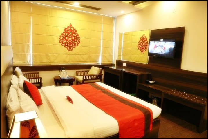 Best For Couple Stay in Chandigarh - Chandigarh - Bed & Breakfast