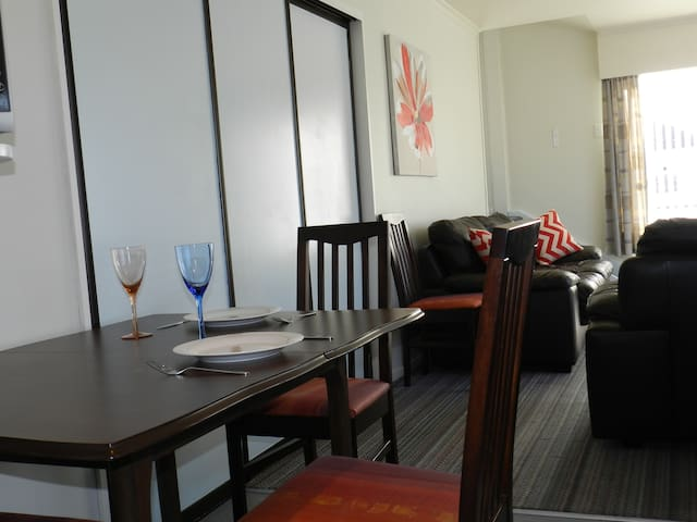 2 Storey Self Contained Townhouse - Motueka - Wohnung