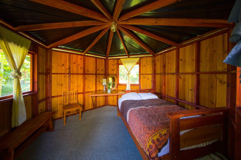 Lilikoi cabin